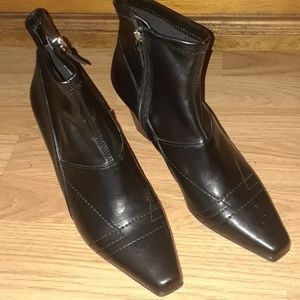 Franco Sarto ankle boots size 9M